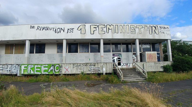 Der Robotron-Pavillon im Lingner-Areal im Zentrum von Dresden